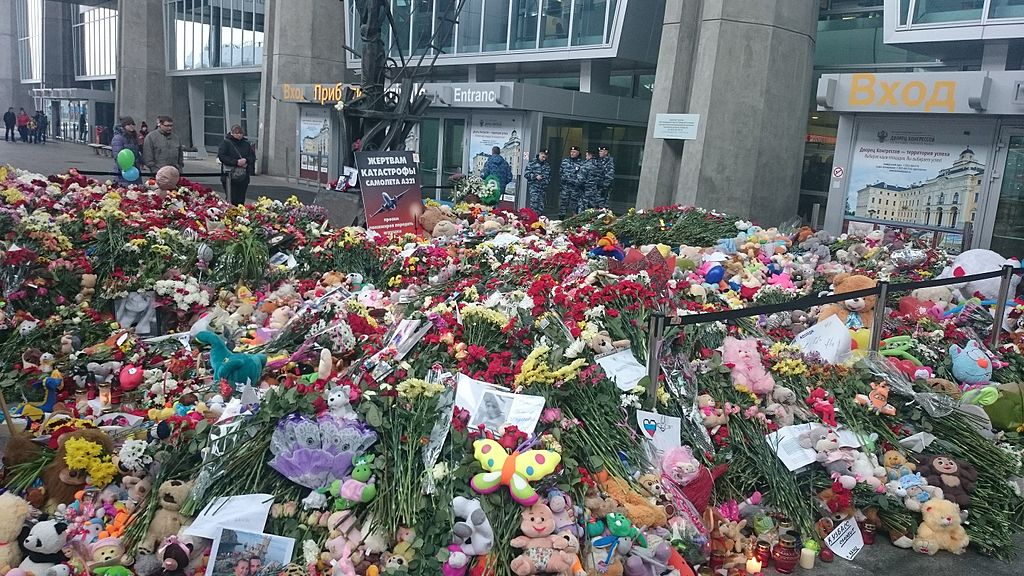 Flowers to the victims of the terrorist attack over Sinai. November 7. Entrance to Pulkovo airport, Saint-Petersburg, where the passenger plane down by Sinai-based ISIL terrorist was supposed to land.