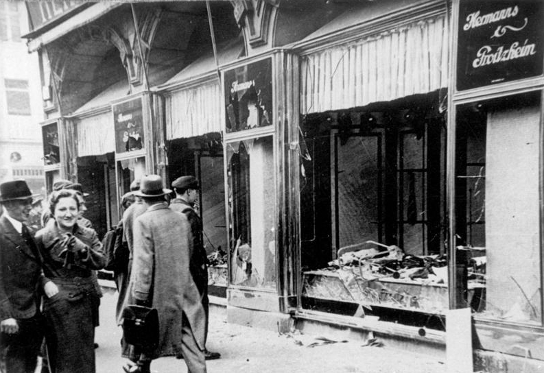 Shop damaged after the Crystal Night of November 9-10, 1938. Photo from Bundesarchiv. CC 3.0