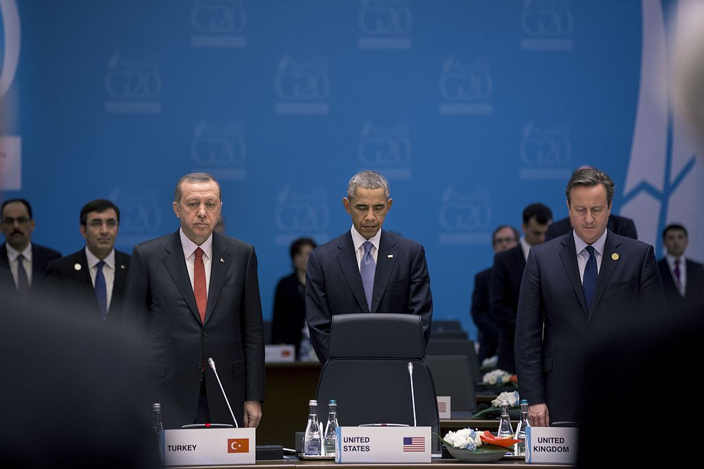 President Barack Obama, President Recep Tayyip Erdoğan of Turkey and Prime Minister David Cameron of the United Kingdom observe a moment of silence during the G20 summit in Turkey for the victims of the terrorist attacks in France. November 15, 2015.