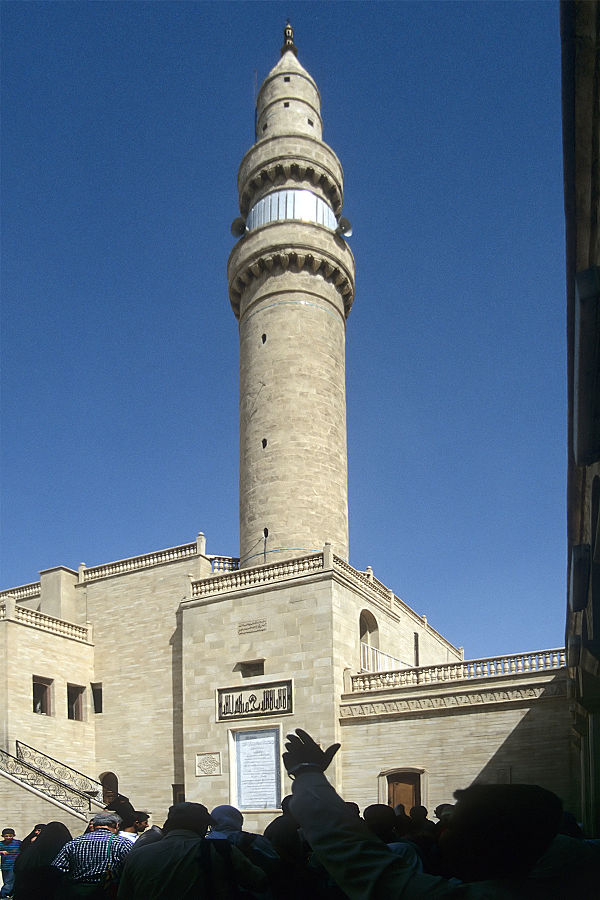 Minaret of the Mosque of the Prophet Yunus in Mosul, was blown up by ISIL on July 24, 2014. Photo by Roland Unger, CC 3.0