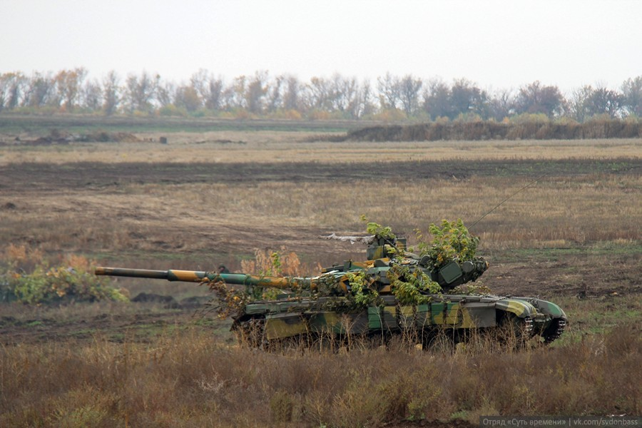Final stage of large-scale brigade tactical drills in DPR
