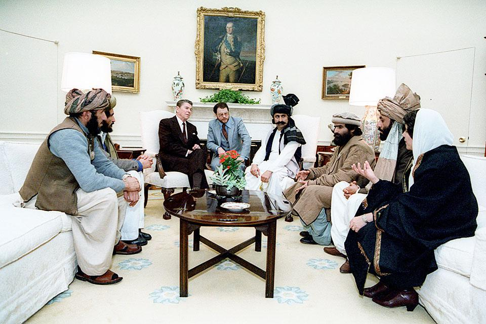 US President Ronald Reagan meeting with the Afghan mujaheddin